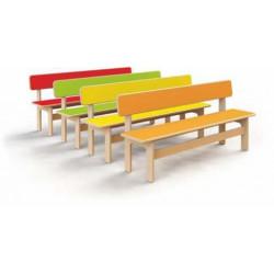 Panchina in legno.